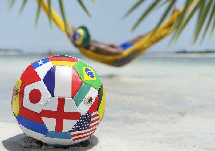 Fußball am Strand