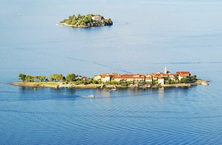 Isola dei Pescatori auf der Luft