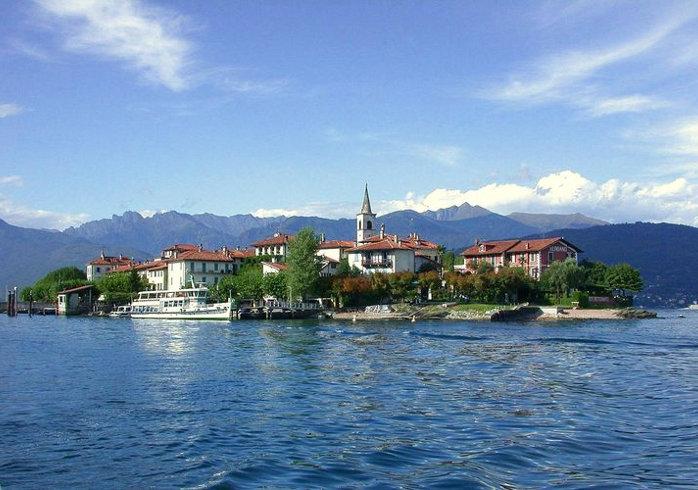View of Isola dei Pescatori