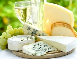 Sardinian cheese and wine