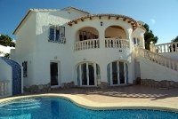Pool villa on Minorca. Property no. 461878.