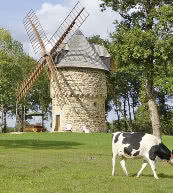 Restaurierte Mühle für vier Personen in der Bretagne.