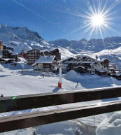 Holiday homes and holiday apartments directly on the piste in France.