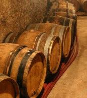 Weinkeller, der bei einem Urlaub im zu dem Weingut gehörenden Ferienhaus besichtigt werden kann.