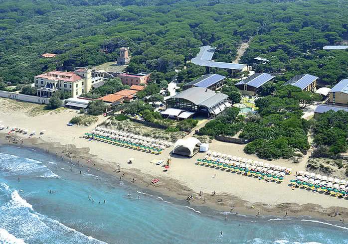 en este parque vacacional en primera lnea de playa en la costa etrusca la diversin est garantizada