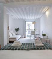 Modernes, mitten im Herzen der Altstadt gelegenes Apartment für bis zu vier Personen.