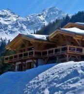 Profitez de la vue sur le Zeller See qu'offre cet appartement de vacances pour huit personnes.