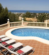 Pool villa for ten people above Denia.
