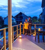 Parc de vacances sur les bords du lac d'Eau d'Heure situé dans l'Ardenne belge.
