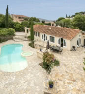 Unweit vom Meer gelegene Poolvilla für acht Personen in Le Lavandou.