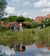 Umgeben von Mooren, Wäldern und Heidefeldern umgebener Ferienpark in Drenthe.