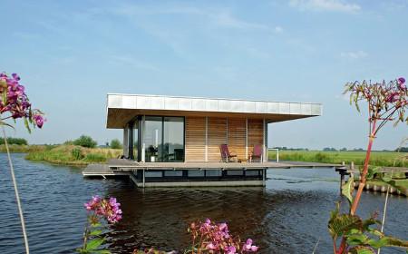 Schwimmhaus für bis zu 6 Personen in Friesland
